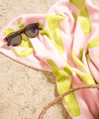 Pink towel with a cactus motif
