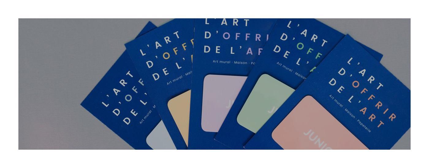 Cartes cadeau en l'art d'offrir de l'art en éventail