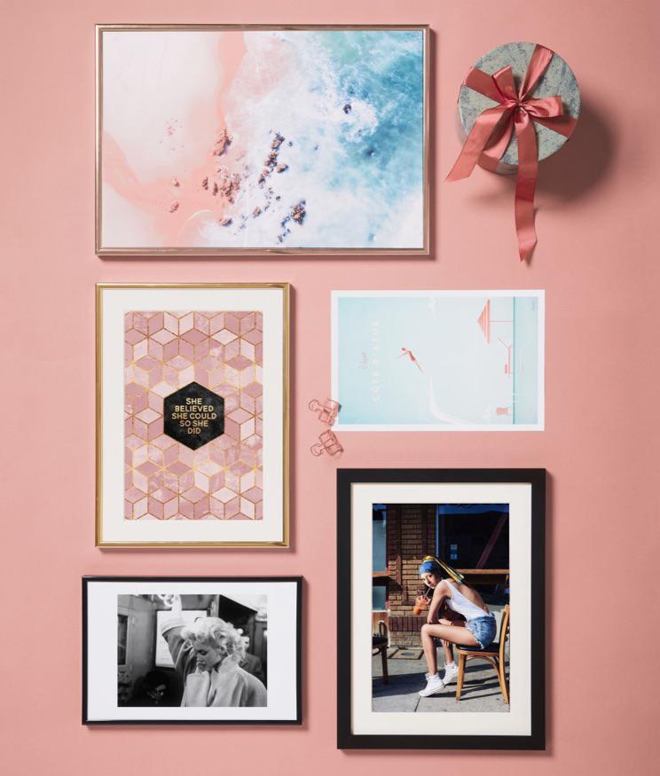juniqe ingelijste posters met meisje met de parel en marilyn monroe design