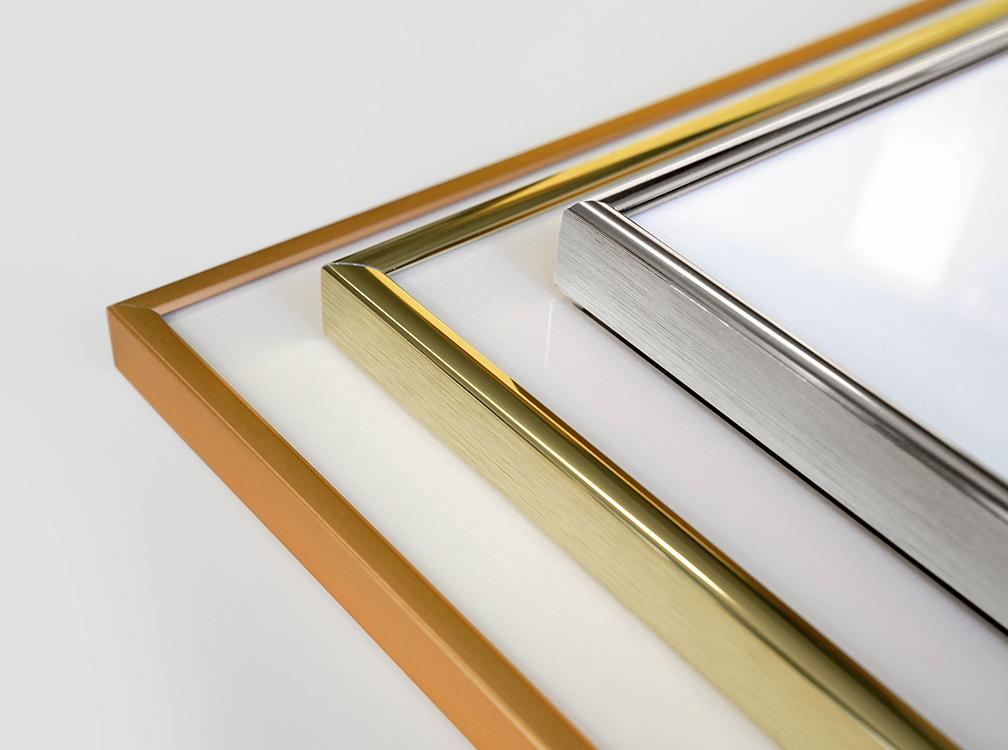 High-quality aluminium frames available in copper, gold and silver.
