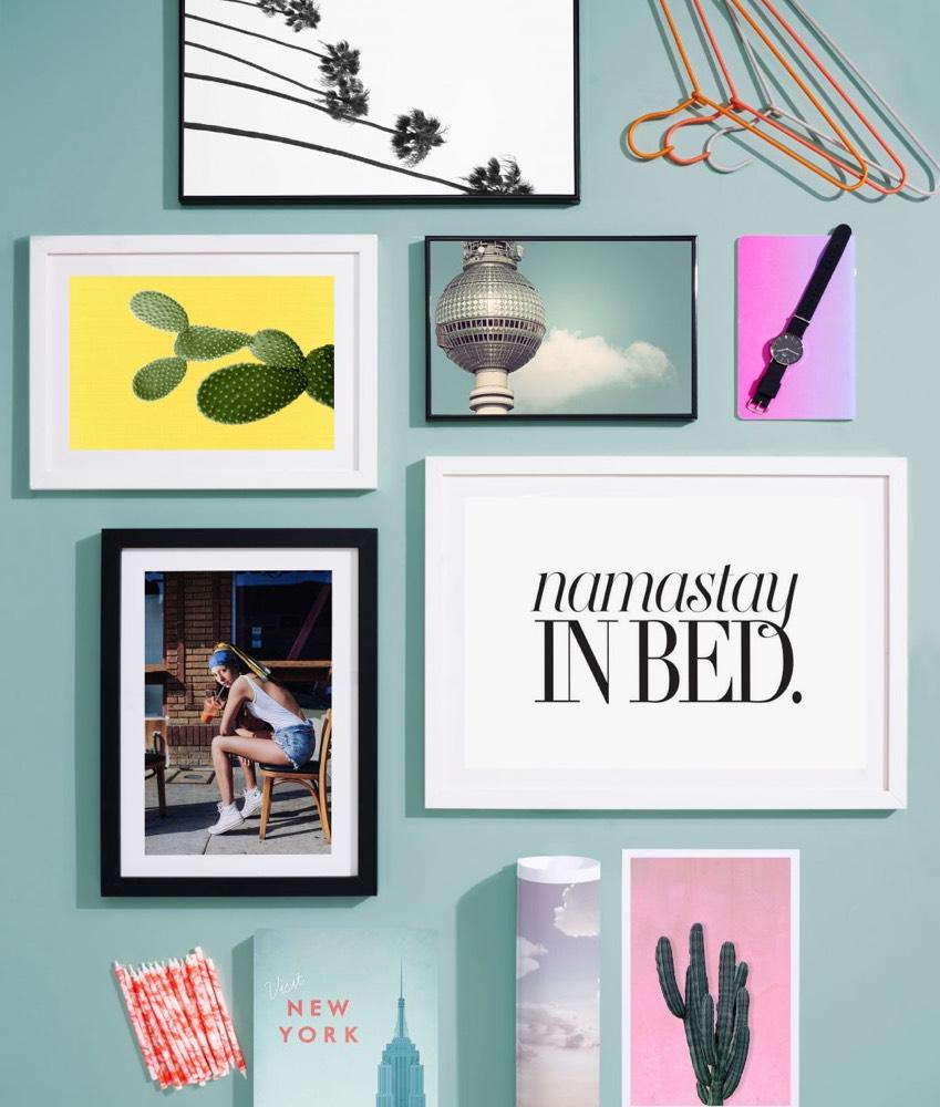 wandbilder als geschenk kunst schenken juniqe. Black Bedroom Furniture Sets. Home Design Ideas
