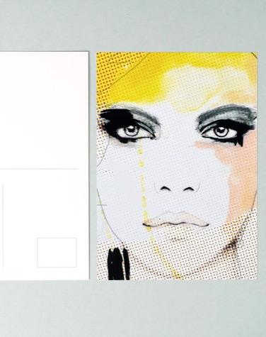 Carte postale avec design de femme par Leigh Viner