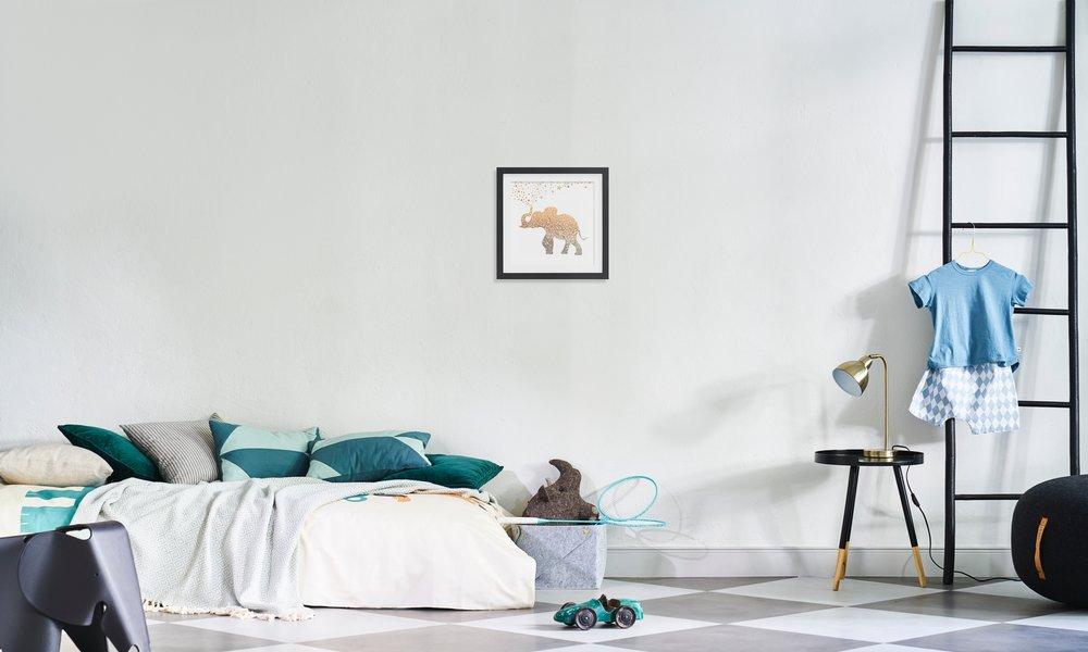 Gold Elephant als Poster von Monika Strigel | JUNIQE